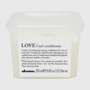 EssentialHaircare-LoveCurlConditioner-75529-250ml_360x